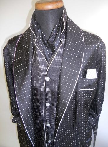 robe de chambre classique pour homme 100 soie twill imprimee avec passepoil. Black Bedroom Furniture Sets. Home Design Ideas