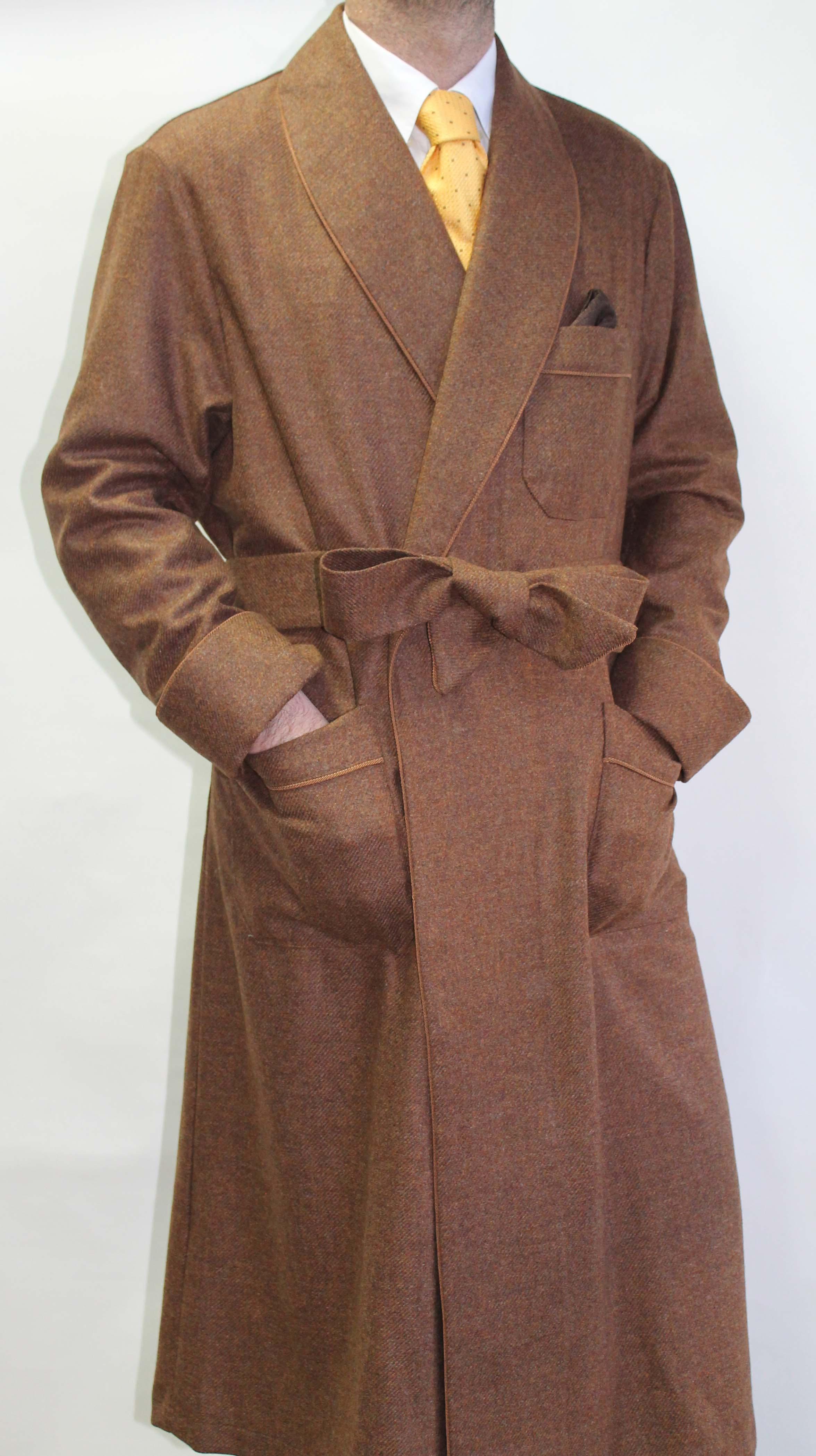 robe de chambre pour homme en 5 cashmere 95 laine peign e avec passepoil et doubl e en soie. Black Bedroom Furniture Sets. Home Design Ideas