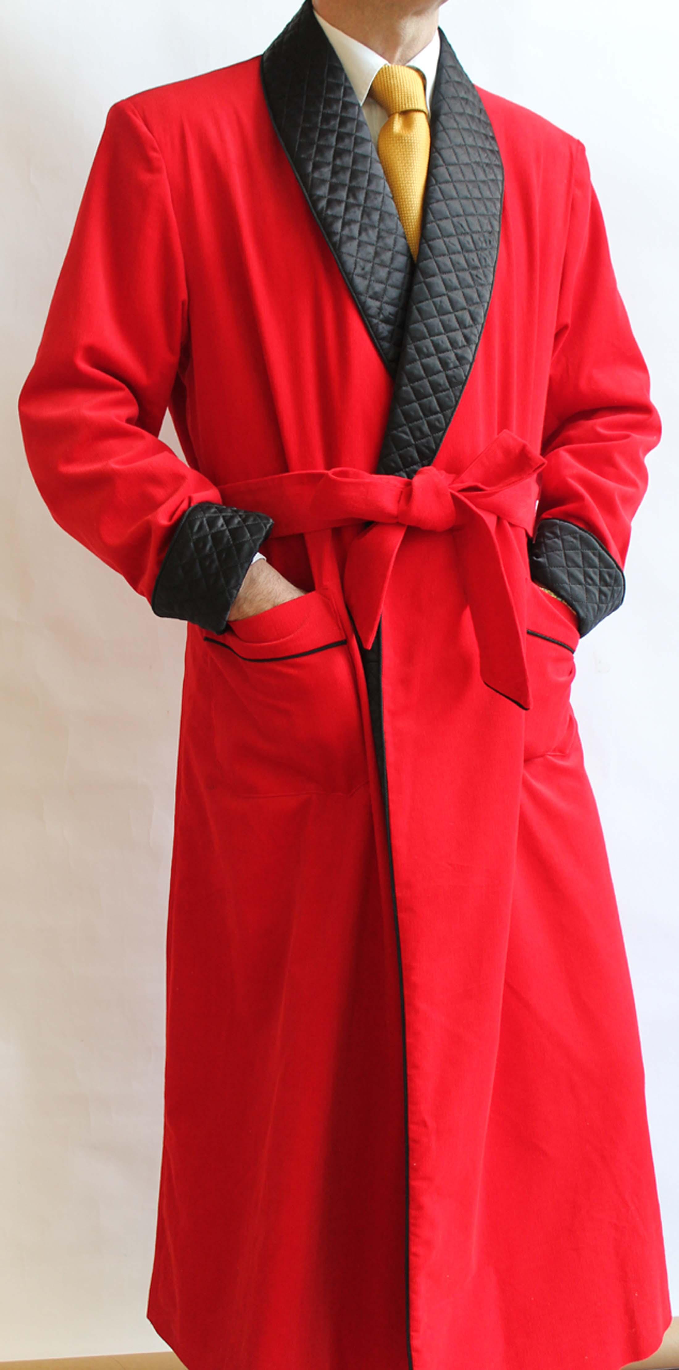 robe de chambre classique pour homme en velours de coton avec contrastes en soie satin. Black Bedroom Furniture Sets. Home Design Ideas